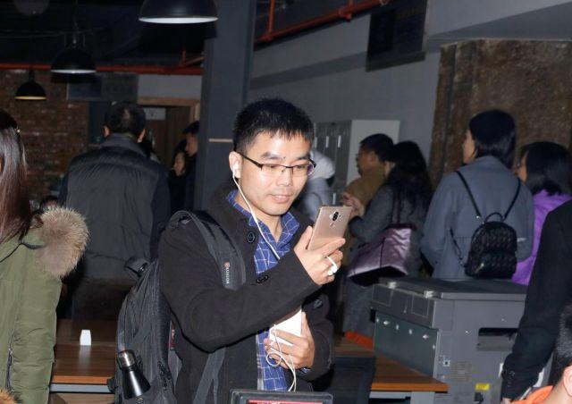 西藏网信办
